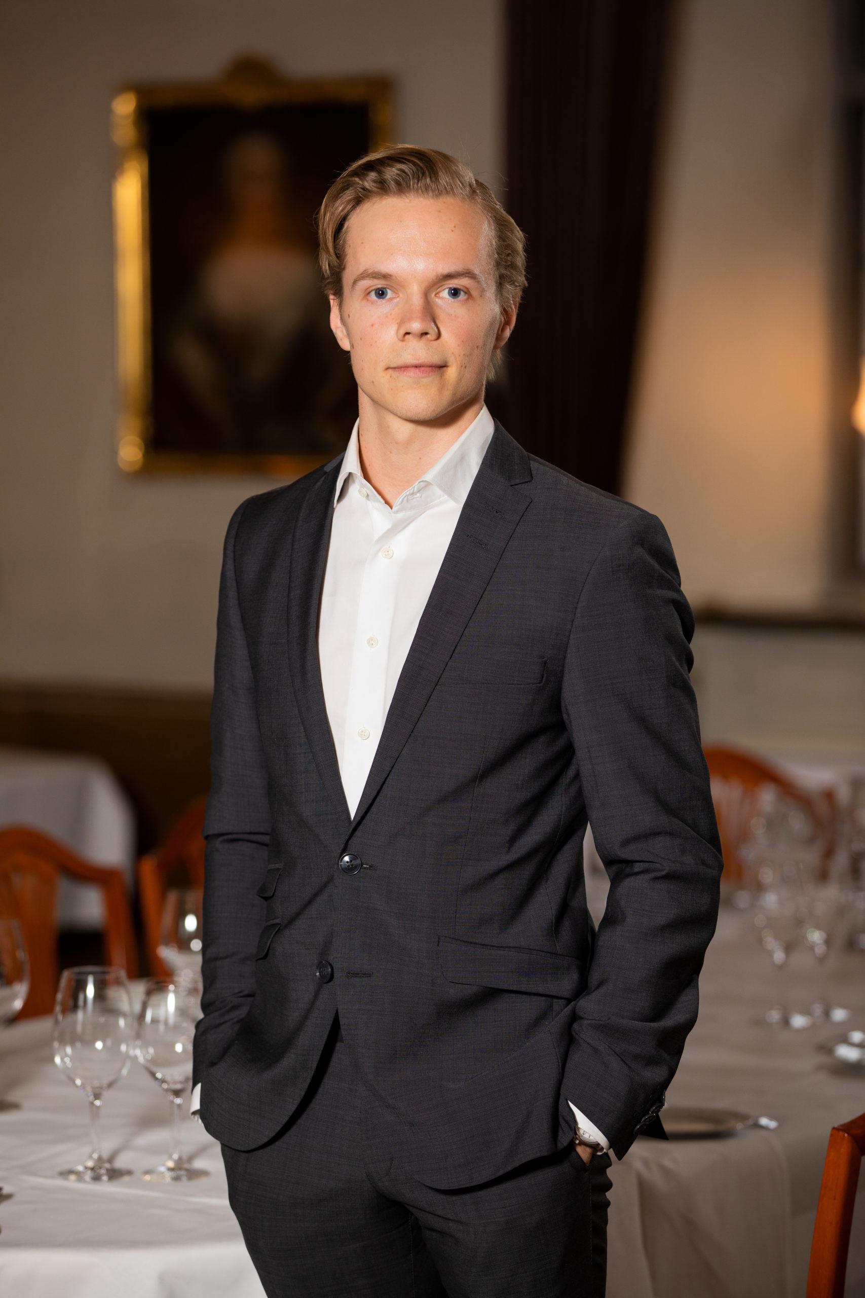 André Engström, Associate Paulmarken Holmberg