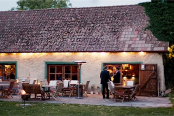 PAULMARKEN HOLMBERG har fått i uppdrag att leda försäljningen av välkända Grå Gåsen på Gotland.